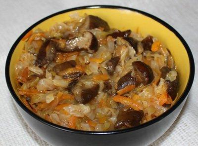 фото рецепта: Капустная солянка с грибами