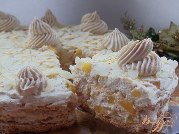 Рецепт Кофейный торт с персиками и миндалем «Success»