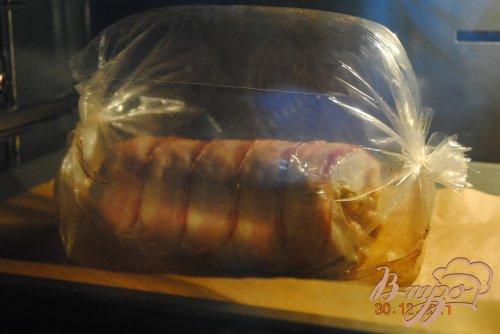 Рулет свиной в беконе (запеченый в рукаве)