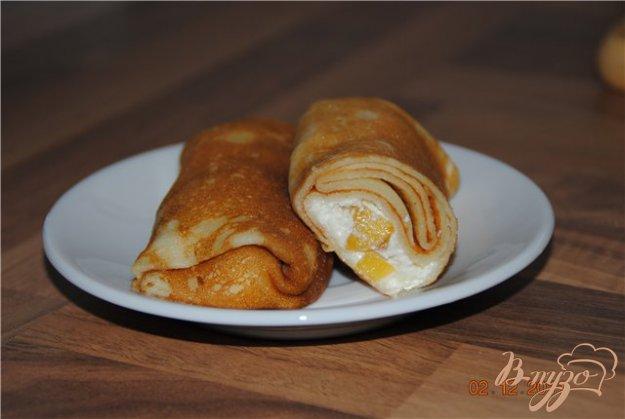 Рецепт Блинчики с творогом, печеным яблоком и хурмой