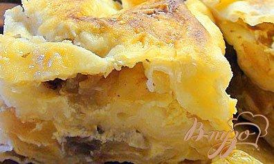 Рецепт Быстрый пирог из лаваша с яблоками, изюмом и виноградом «Гости на пороге».
