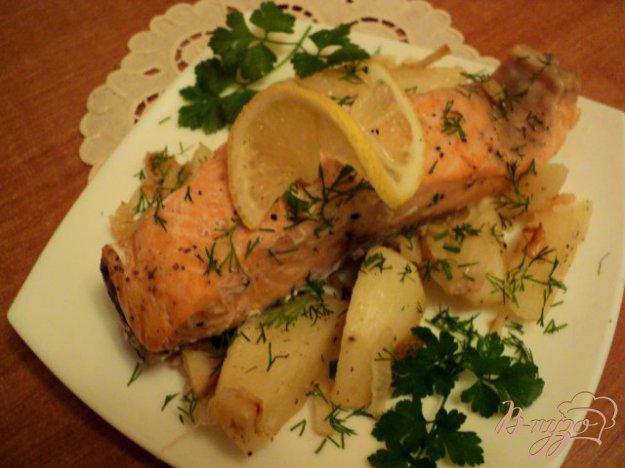 Рецепт Семга запеченная с овощами в фольге.