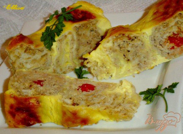 фото рецепта: Пирог из лаваша с мясом, сыром, помидорами -черри