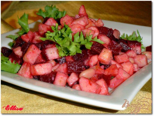 Рецепт Салат из свеклы, яблок и фасоли