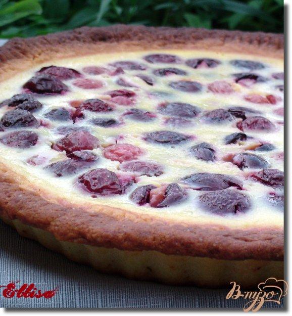 Рецепт Нежный творожный пирог с черешней и сметанно-творожной заливкой