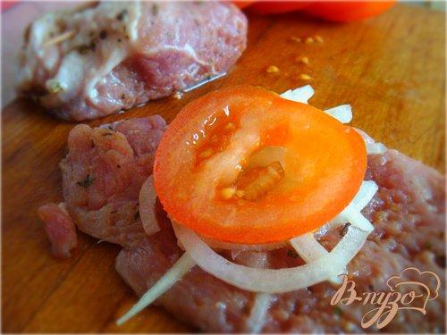 Мясные рулетики под прованским соусом