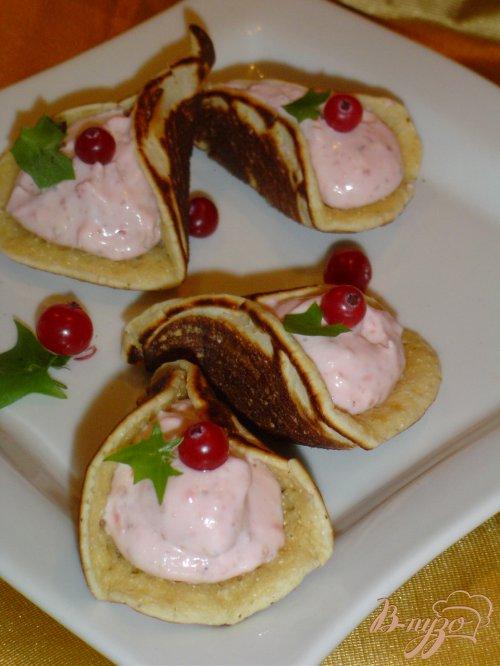 Арабские блинчики с творожно - клубничной начинкой