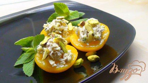 Салат-закуска «Персиковое наслаждение».