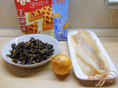 Треска с грибами в слоёном тесте. Рыбный пирог.