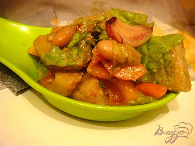 Рецепт Салат с печеным чесноком