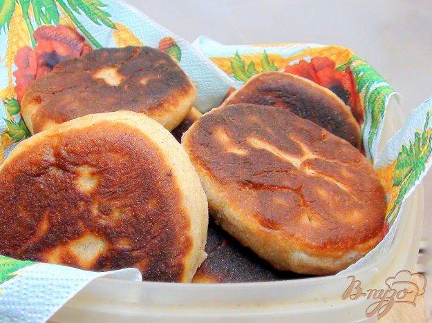 Рецепт Жареные пирожки из цельнозерновой муки с фаршем или повидлом.