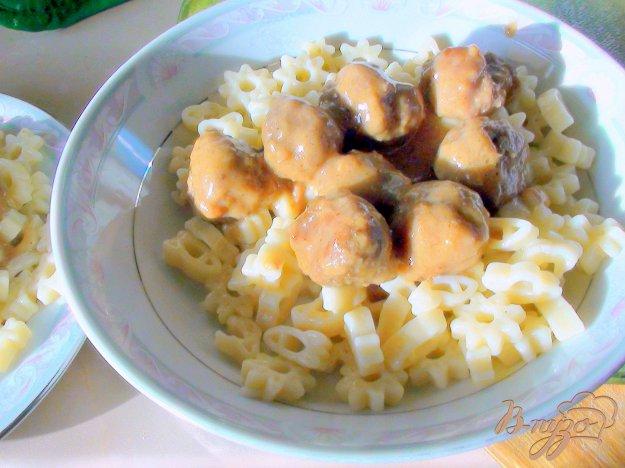 Рецепт Тефтельки из говядины в сырно-грибном соусе.
