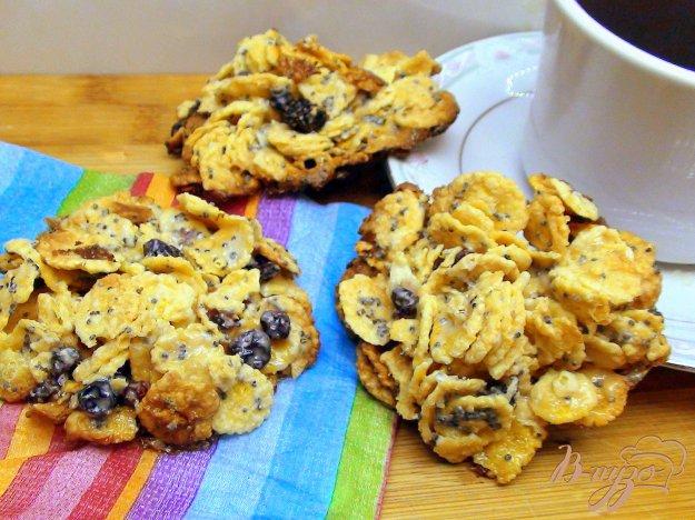 Рецепт Быстрое печенье из кукурузных хлопьев без грамма муки.