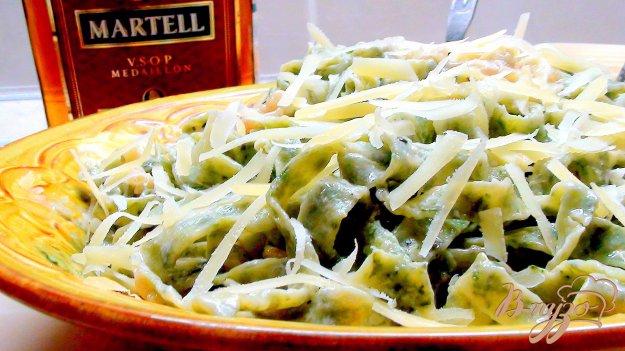 Рецепт Домашняя чесночно-шпинатная лапша под чесночно-медовым соусом (с креветками).