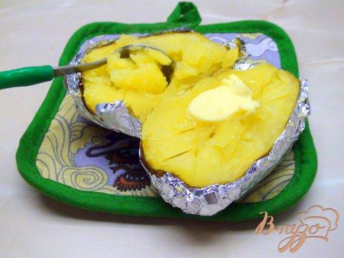 Печёная картошка с холодной треской и сметанным соусом. Вкусные выходные.