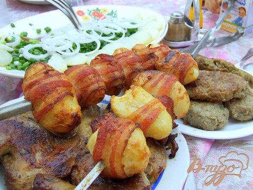 Картофель в беконе. Шашлык из картошки как гарнир или самостоятельное блюдо.