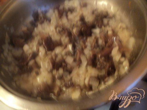 Суп с фасолью и грибами по-закарпатски.