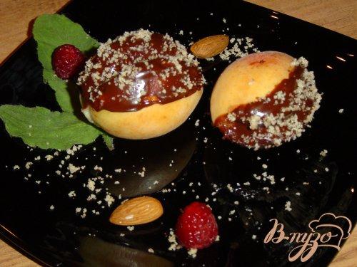 Абрикосы с начинкой в шоколаде