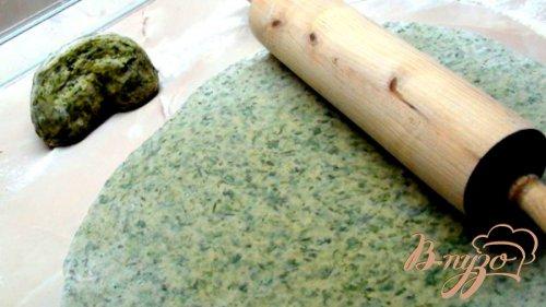 Домашняя чесночно-шпинатная лапша под чесночно-медовым соусом (с креветками).