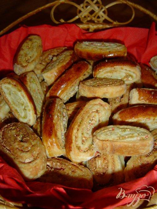 Печенье с фисташками и крабовыми палочками