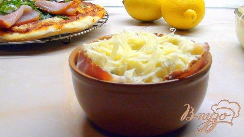 Картофельное суфле с беконом и пармезановой корочкой.