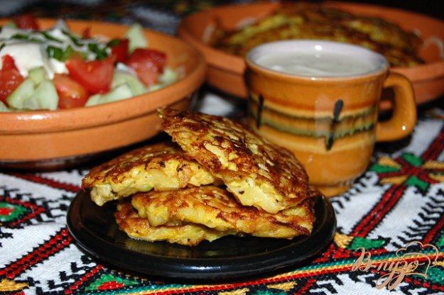 фото рецепта: Оладьи из кабачка и картошки