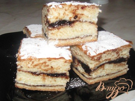Дрожжевой пирог слоями