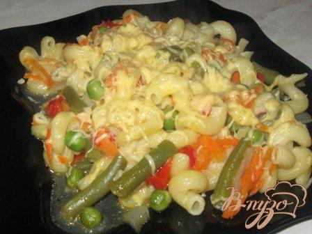 Рожки с овощами и сыром