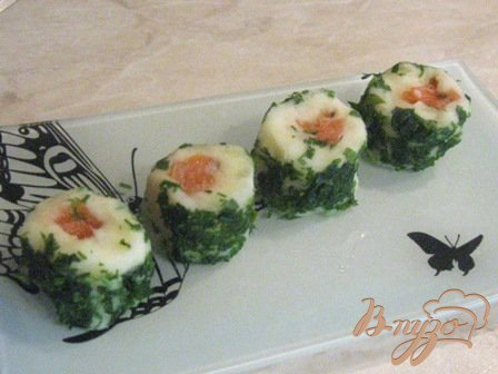 Рецепт Картофельные рулетики с соленой семгой
