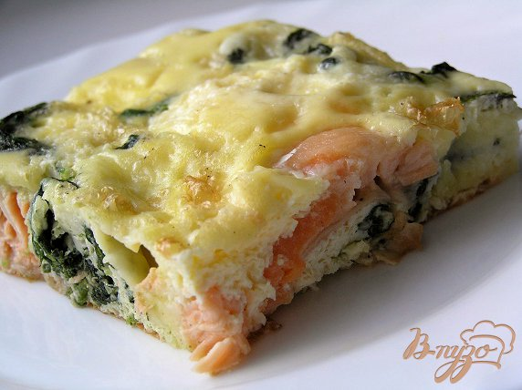 фото рецепта: Фриттата с лососем и шпинатом