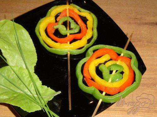 Цветная спираль из сладкого перца