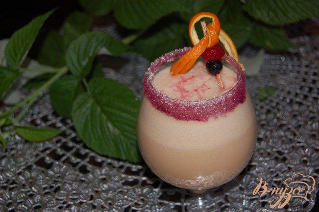фото рецепта: Карамельно-малиновый коктейль