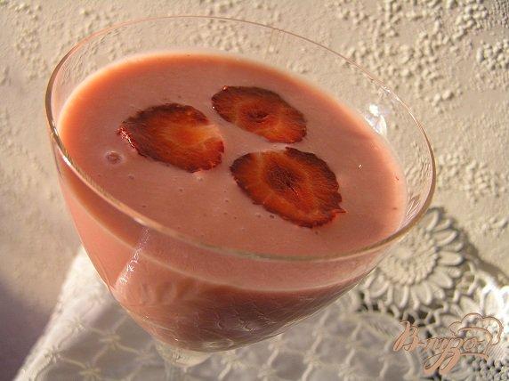 Рецепт Клубнично-йогуртовый коктейль