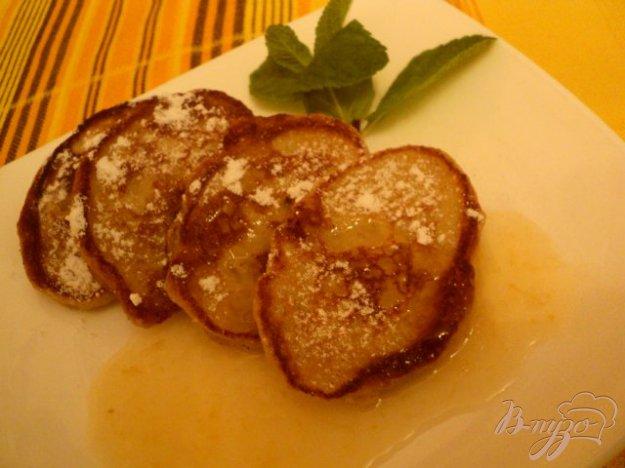 фото рецепта: Кукурузные оладьи с бананами.