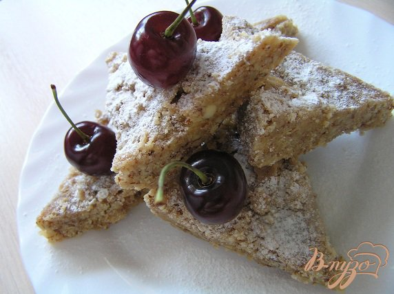Рецепт Миндальные пирожные с черешней