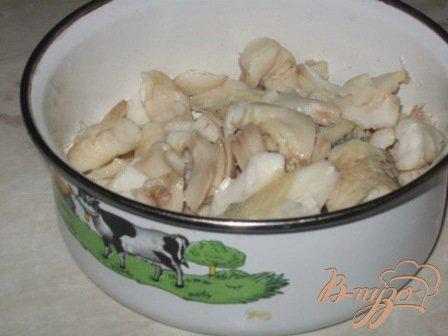 Салат с отварной рыбой и овощами
