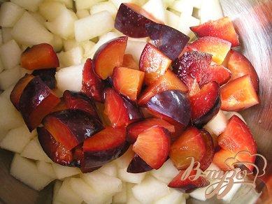 Фруктовый салат с дыней
