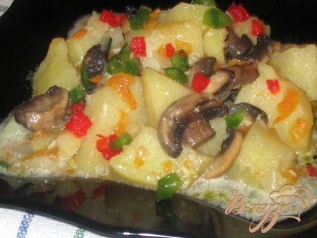 Рецепт Картофель в сметане с грибами.