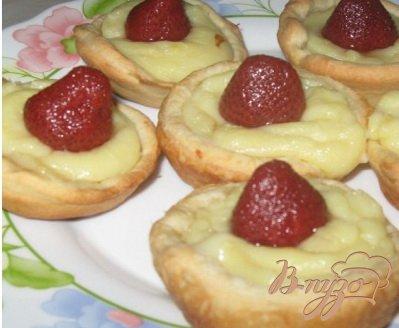 Рецепт Тарталетки с кремом и клубникой