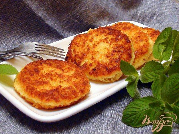 Рецепт Пшённые биточки с сыром.