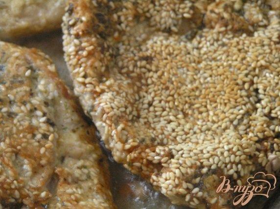 Рецепт Шницель в мятной панировке с кунжутом