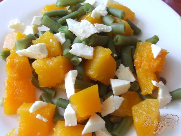 Рецепт Салат из тыквы и спаржевой фасоли с адыгейским сыром