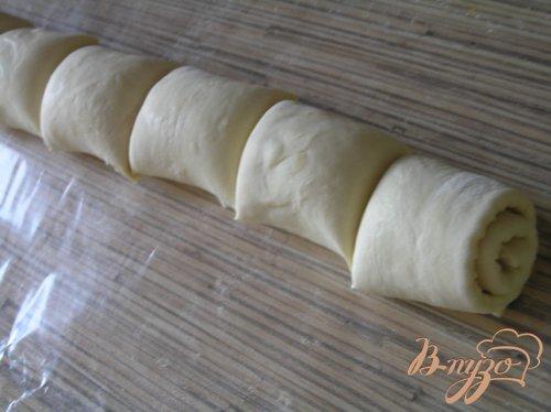 Слоеные булочки с апельсиновой цедрой