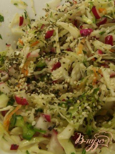 Салат из весенних овощей + ламинария