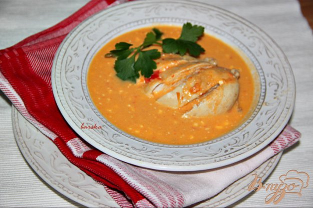 фото рецепта: Куриные грудки в кремовом овощном соусе