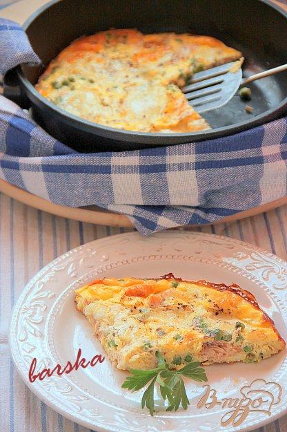 Рецепт Запечeный омлет с лососем, зелeным горошком и моцареллой