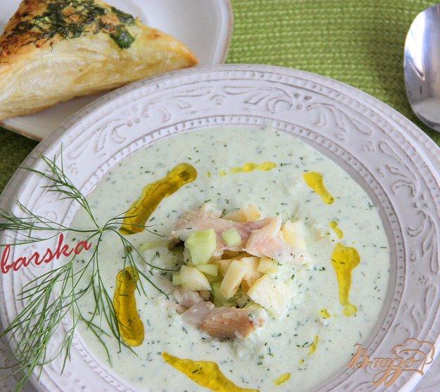 Рецепт Йогуртовый холодный суп с копченой форелью