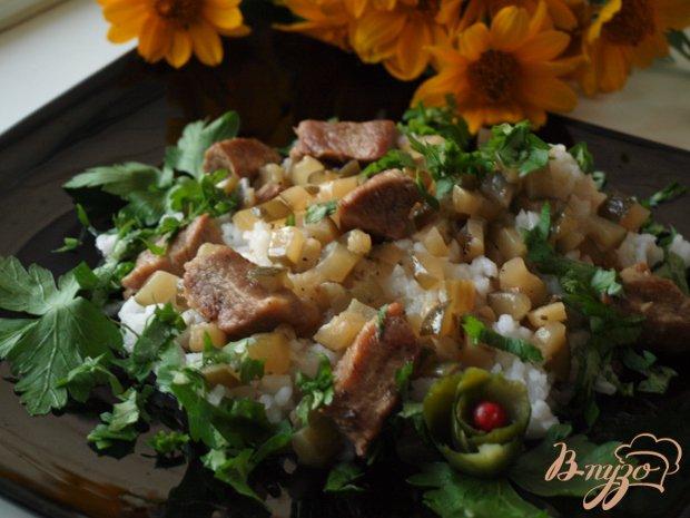 Рецепт Свинина под соусом из солёных огурцов