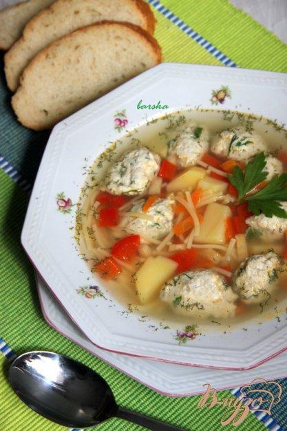 фото рецепта: Лёгкий  суп с куриными клёцками и вермишелью