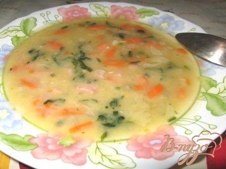 Гороховый суп со шпинатом и бужениной